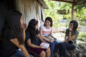 expat living speaking tagalog