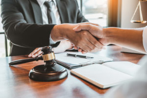Legal Advice and Services for Expats